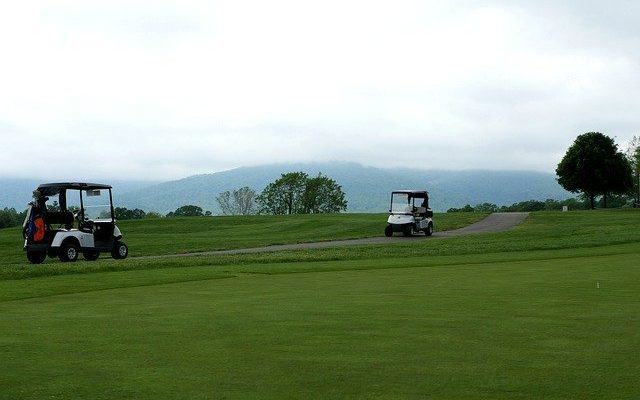 Golf Cart Saftety Tips and Recommendations For Golfers